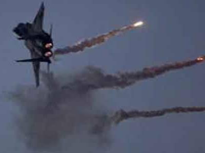 سینائی میں مصری فوج کی فضائی کارروائی ،داعش کے 3اہم رہنماؤں سمیت 19دہشت گرد ہلاک