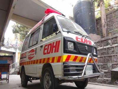 وادی ہنزہ میں سیاحوں کی گاڑی گہری کھائی میں جاگری،2 افراد جاں بحق،2 زخمی