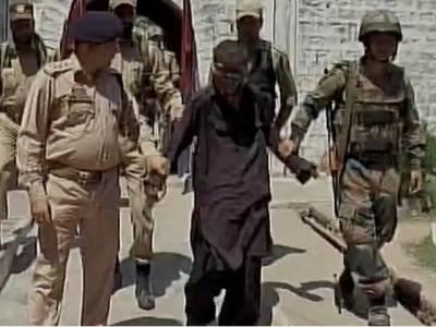 بھارتی فوج کا غلطی سے سرحد پار کرجانیوالے 12 سالہ پاکستانی بچے کو جاسوس قرار دیکر گرفتار کرنے کا دعویٰ