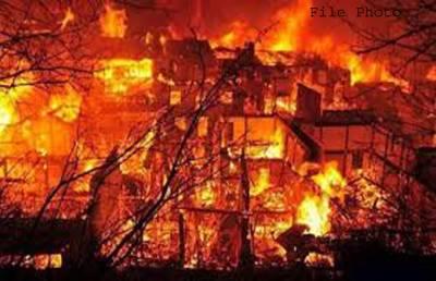 تھرپارکر میں آتشزدگی500مکان جل گئے،سینکڑوں افراد بے گھر
