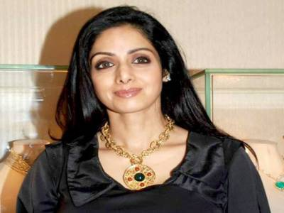 """اداکارہ سری دیوی نے """"باہو بلی"""" میں منہ مانگا معاوضہ نہ ملنے پرکام کرنے کی پیشکش ٹھکرادی"""
