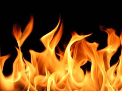 تیسری شادی پر جھگڑا، سمندری میں سفاک شخص نے بیوی کو تیل چھڑک کر آگ لگا دی