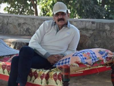لیفٹیننٹ جنرل عاصم سلیم باجوہ کی ایسی تصویر سامنے آگئی کہ دیکھنے والوں نے تعریفوں کے پل باندھ دیے