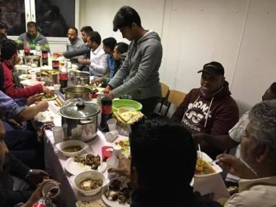 جرمنی میں افطار پارٹیاں اورافطاری کے وقت کا پیچیدہ مسئلہ