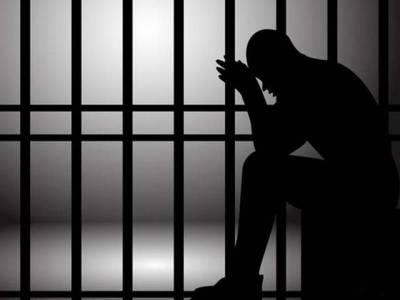 سپیشل جج اینٹی کرپشن نے قتل کیس کی جعلی رپورٹ بنانے والے پولیس انسپکٹر سمیت2مجرموں کو15، 15سال قید کی سزا سنا دی
