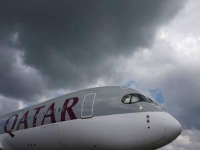 قطر کی فضائی حدود اس کے تینوں ہمسایوں نے بند کر دیں تو پھر قطر ایئر ویز کی پروازیں کیسے دوحہ سے آ جا رہی ہیں؟