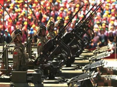 چین نے بھارتی سرحد پراپنے جدید ترین فوجی ٹینک نصب کر دیے