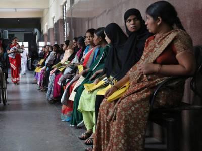 بھارت نے حاملہ خواتین کو ایسا مشورہ دے ڈالا کہ پوری دنیا چیخ اٹھی 'تمہارا دماغ تو نہیں خراب؟' یہ کیا مشورہ تھا؟ جانئے