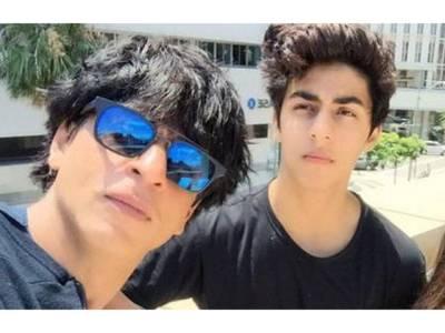 شاہ رخ خان نے اپنے بیٹے کو ''دھمکی ''دے دی