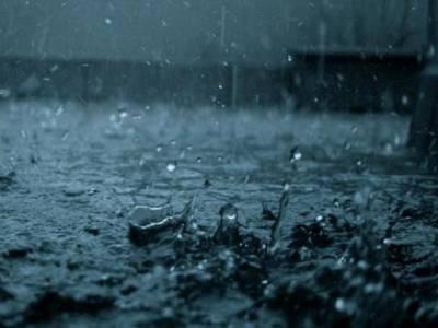 پنجاب میں بارش ، چھتیں،دیواریں گرنے سے باپ بیٹے اور تین خواتین سمیت 9 افراد جاں بحق، درجنوں زخمی
