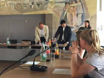 پاکستانی سپوت محمد طٰہ طارق نے جرمن یوتھ کونسلر کےعہدے کا حلف اٹھا لیا