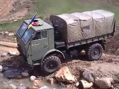 رومانیہ کا فوجی ٹرک کھائی میں گر گیا، 3 فوجی ہلاک،9زخمی