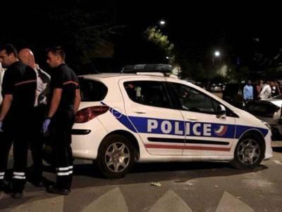 فرانس کے دارالحکومت پیرس میں مسجد کے باہر فائرنگ،8افراد زخمی