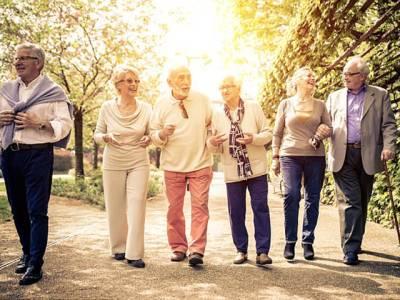 اگر آپ بڑھاپے میں آہستہ چلتے ہیں تو یہ اس بیماری کی نشاندہی ہوسکتی ہے، ڈاکٹروں نے تشویشناک بات بتادی