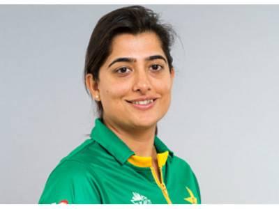 ثنا میر 100 میچز کھیلنے والی پہلی پاکستانی بن گئیں