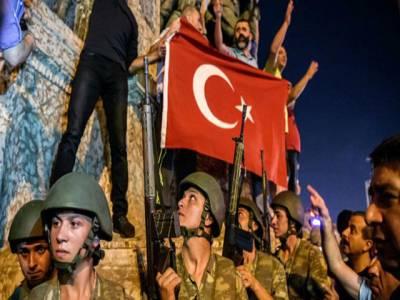ترکی میں ناکام فوجی بغاوت کا ایک سال مکمل، مزید 7 ہزار سرکاری ملازمین برطرف