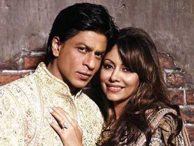 """""""میں شادی کی رات اپنی بیوی کے پاس نہیں تھا بلکہ۔۔۔"""" فلم انڈسٹری میں 25 سال مکمل ہونے پر شاہ رخ خان نے انتہائی دلچسپ انکشاف کر دیا، ایسی بات بتا دی کہ بالی ووڈ کے اداکار بھی حیرت میں مبتلا ہو گئے"""