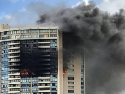 ہونولولو کی رہائشی عمارت میں آگ لگنے سے 3 افراد ہلاک، ایک فائر فائٹر سمیت 13 زخمی