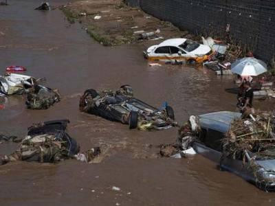 چین میں سیلاب سے 18 افرادہلاک ہو گئے، لاکھ سے زائد افراد نقل مکانی کرنے پر مجبور