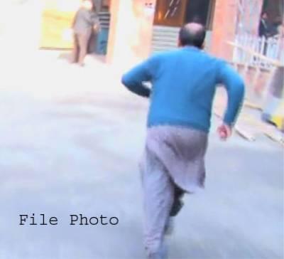 منشیات فروشوں کے چنگل سے فرار ہوکر شہری انصاف کے لئے عدالت پہنچ گیا