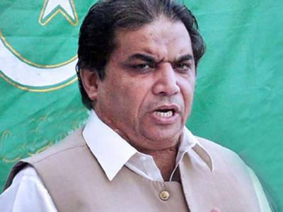 عمران اور ان کی اے ٹی ایمز نااہل ہونے جا رہی ہیں،اتوار کو پریس کانفرنس میں مزید انکشافات کرونگا، حنیف عباسی