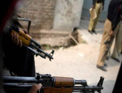 بھکر، سرچ آپریشن میں 16 مشتبہ افراد اسلحہ سمیت گرفتار،تفتیش کیلئے تھانے منتقل