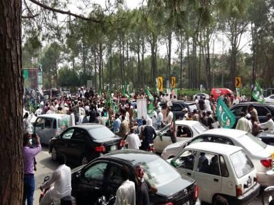 مشن جی ٹی روڈ، قافلہ شکرپڑیاں پہنچ گیا ،گاڑیوں کی تعداد 950 سے زائد ہے: اسلام آباد پولیس