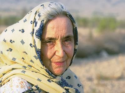 کراچی میں وفات پانے والی یہ جرمن خاتون اپنا ملک چھوڑ کر پاکستانیوں کی مدد کرنے کیلئے پاکستان میں آئی، کس طرح ہماری مدد کی؟ جان کر آپ بھی انہیں سلیوٹ کریں گے