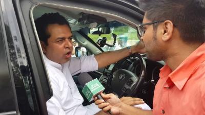 ڈیلی پاکستان سے طلال چودھری کی طنز و مزاح سے بھرپور گفتگو آپ بھی سنئے