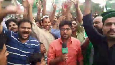 راولپنڈی میں حنیف عباسی کے حلقے میں ریلی کا استقبال آپ بھی براہ راست دیکھئے