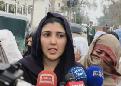 عائشہ گلالئی عمران خان کیخلاف ایک بار پھر میدان میں آ گئیں ،ویڈیو پیغام جاری کر دیا