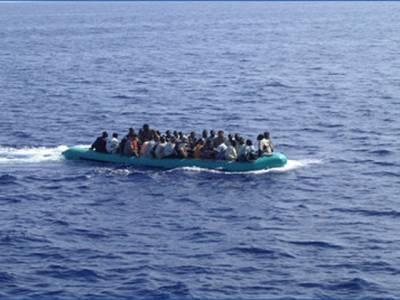 کراچی کے قریب سمندر میں کشتی ڈوبنے سے 20 ماہی گیرلاپتہ