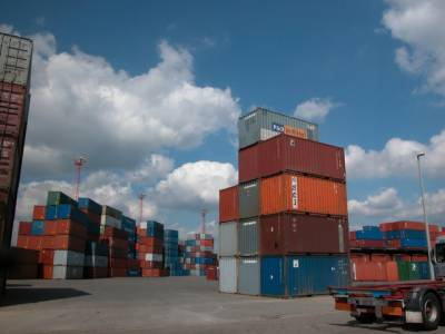 ملکی برامدات میں پانچ ارب ڈالر کی کمی نے ملکی مستقبل داؤ پر لگا دیا 'سینکڑوں کارخانے بند