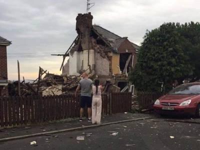 گیس کے دھماکے نے گھر تباہ کردیا لیکن اس کے ریفریجریٹر نے مالکن خاتون کی جان بچالی، یہ کیسے ممکن ہے؟ جان کر آپ بھی کہیں گے جسے اللہ رکھے اسے کون چکھے