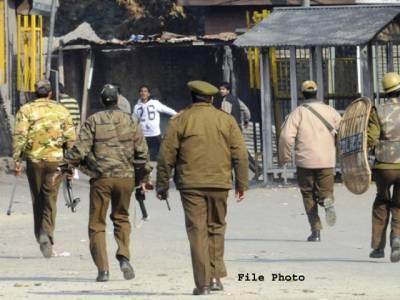 کرالہ گنڈ میں کرکٹ میچ کے دوران دو نوجوانوں نے ایسا نعرہ لگادیا کہ بھارتی پولیس نے گرفتار کر لیا