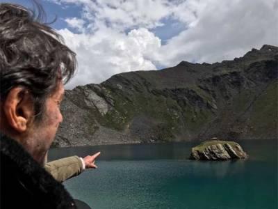 عمران خان نجی دورے پر شمالی علاقہ سپات ویلی پہنچ گئے