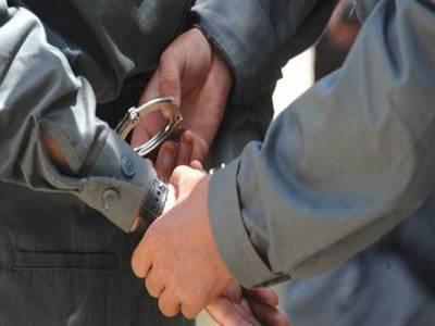 کراچی،مختلف علاقوں میں کارروائیوں کے دوران 11 ملزم اسلحہ و منشیات سمیت گرفتار