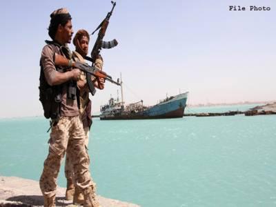 یمن ، بارود سے لدی کشتی سے اماراتی جہاز کو نشانہ بنانے کی کوشش ناکام