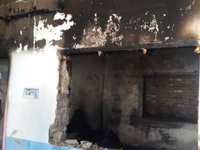سوات، شارٹ سرکٹ کے باعث کرنٹ لگنے سے 2 بچے جاں بحق، آتشزدگی سے 8 گھر جل گئے