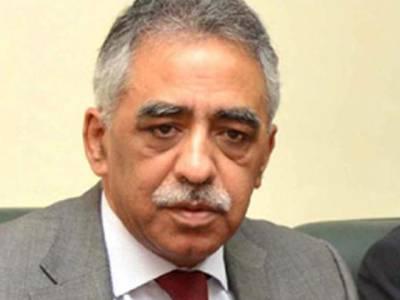 گورنر سندھ کی جانب سے مسائل کے حل کی یقین دہانی پر آئل ٹینکرز کا ہڑتال نہ کرنے کا فیصلہ