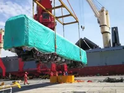 اورنج لائن میٹرو ٹرین کی بوگیاں بحری جہازکے ذریعے چین سے پاکستان روانہ