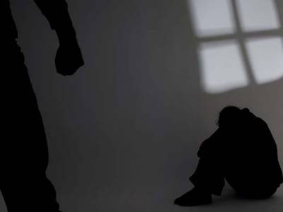 میکلوڈ گنج، ساہیوال: پولیس اہلکاروں کی اپنے ہی تھانے میں کام کرنیوالے بچے سے اجتماعی زیادتی