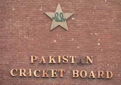 ورلڈ الیون کیخلاف میچ کھیلنے کیلئے پاکستانی 16رکنی سکواڈ بھی تیار کر لیا گیا ، نام سامنے آ گئے ،فہیم اشرف کو بھی موقع دینے کافیصلہ