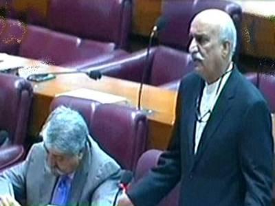 نواز شریف کے وزیر خارجہ رہنے سے ہماری خارجہ پالیسی کمزور ہوئی، عابد شیر علی کو بھی عہدہ دیتے تو قبول کرتے: خورشید شاہ