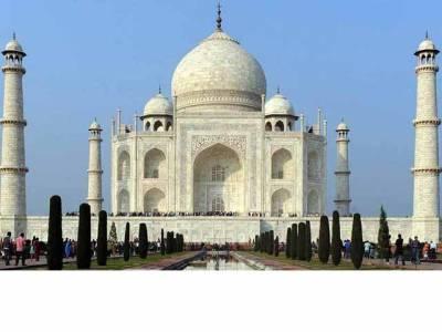 بھارت: تاج محل کے قدیم ہندو مندر ہونے کا دعویٰ مسترد