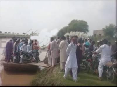 دریائے جہلم میں مسافروں سے بھری کشتی الٹ گئی، تمام افراد معجزانہ طو رپر محفوظ