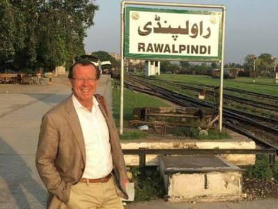 جرمن سفیر کا پاکستان کو بہتر طریقے سے جاننے کیلئے بذریعہ ٹرین راولپنڈی سے گوجرانوالہ سفر