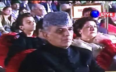 بالآخر پاک فوج کے سابق سربراہ اشفاق پرویز کیانی نے بھی خاموشی توڑ دی