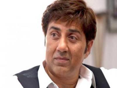 بوبی 10 سال سے بیروزگارہے، کسی پروڈیوسر نے فلموں میں کام نہیں دیا:سنی دیول کا شکوہ