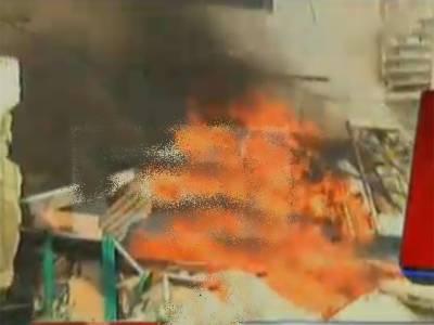 نرسری کے قریب کاسمیٹکس فیکٹری میں لگنے والی آگ پر قابو پالیا گیا، ایک ملازم جاں بحق